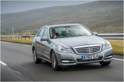 gI 76273 Mercedes E300 Laatste Business Car Manager Nieuws: Mercedes E300 hybride   het trekken van het onmogelijke